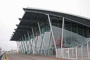 Cruise Center im Kreuzfahrthafen von Warnemünde